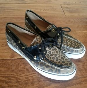 NWOT Sperry leopard print patent leather boat shoe